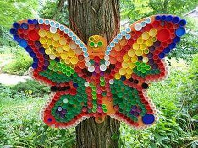 Crafts ideas with bottle caps upcycle art for Bottle top art projects