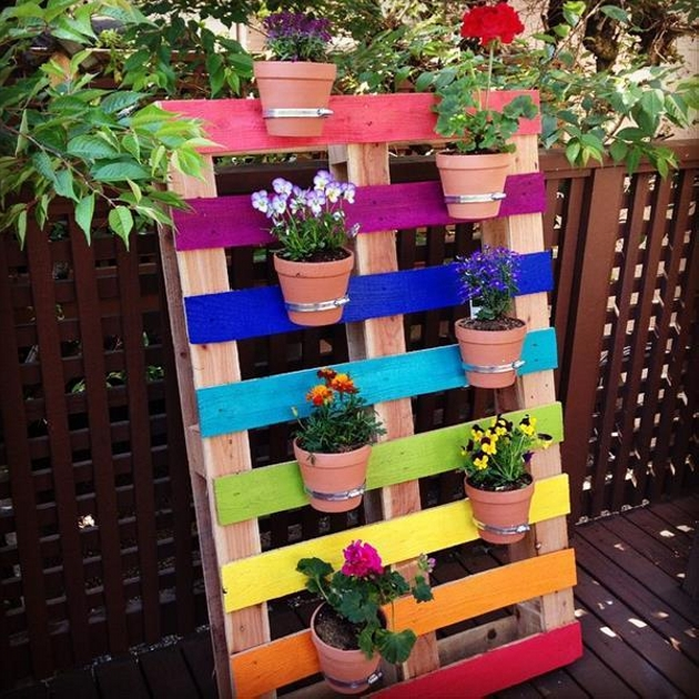 Creative Projects from Old Wooden Pallets