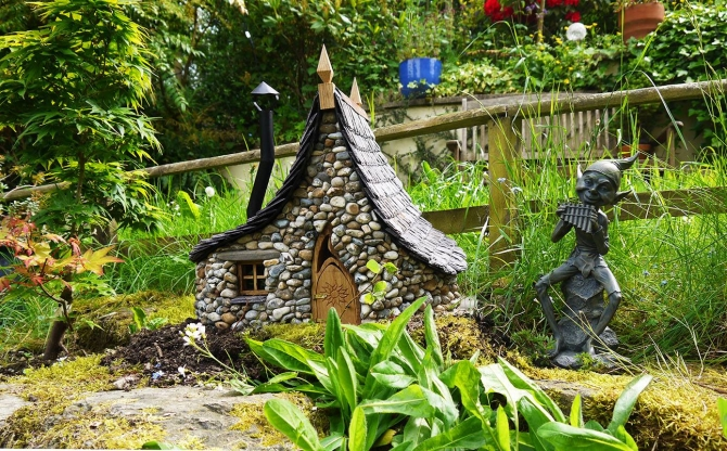 Garden Decor with Enchanted Cottages