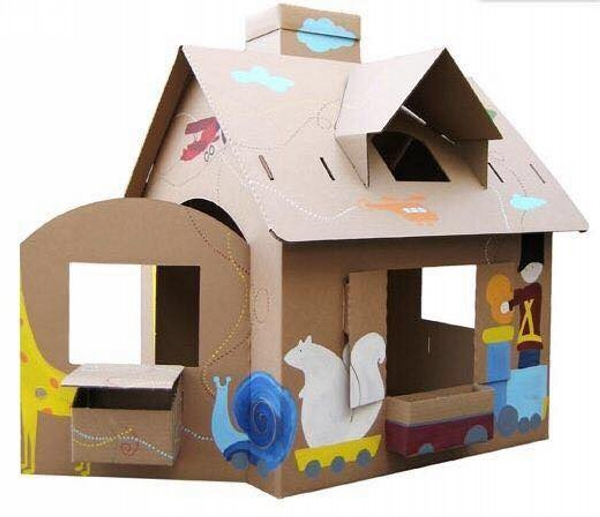 Kids Houses with Recycling of Cardboard