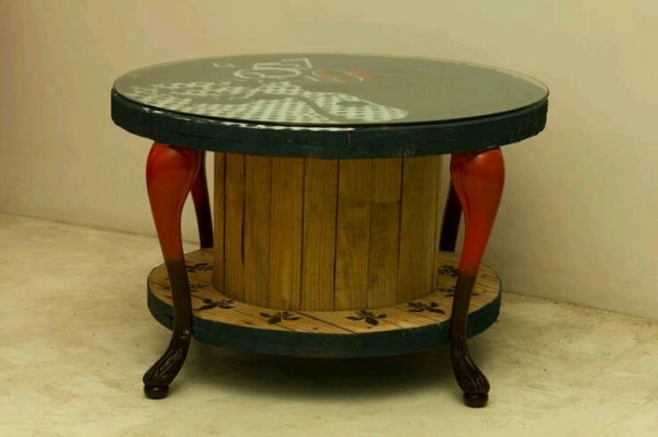 Upcycled Cable Reel Table Ideas