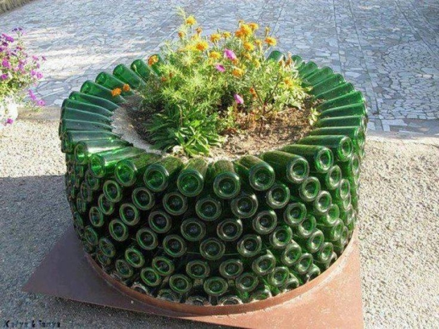 Used Bottles Garden Ideas