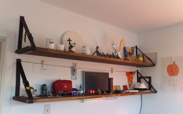 Recycled Belt Shelf Ideas