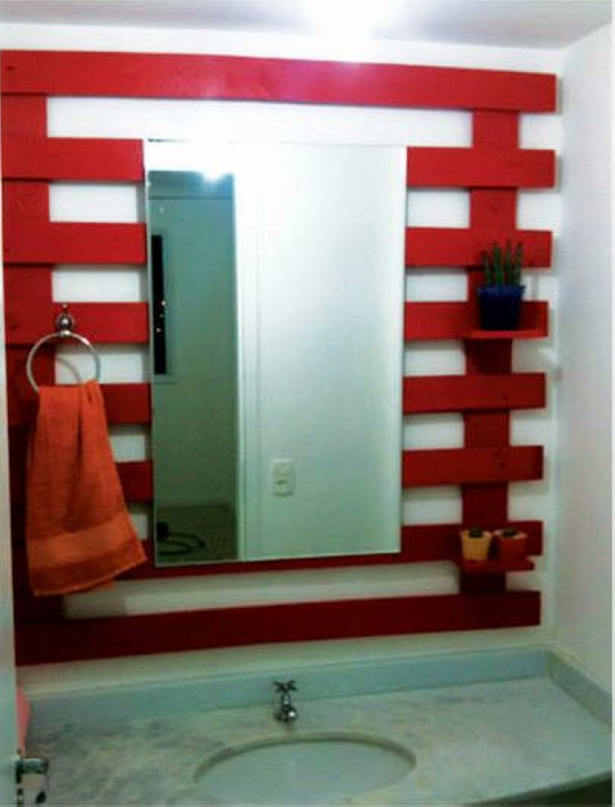 Recycled Pallet Wood Bathroom Decor