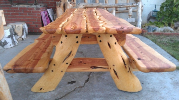 Amazing Wood Carved Picnic Table