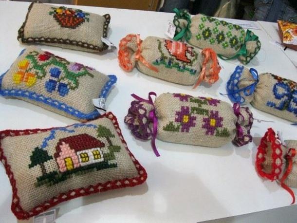 Burlap Decor Crafts