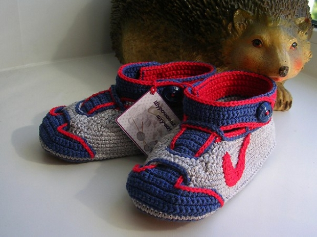 Crochet Baby Shoes Designs