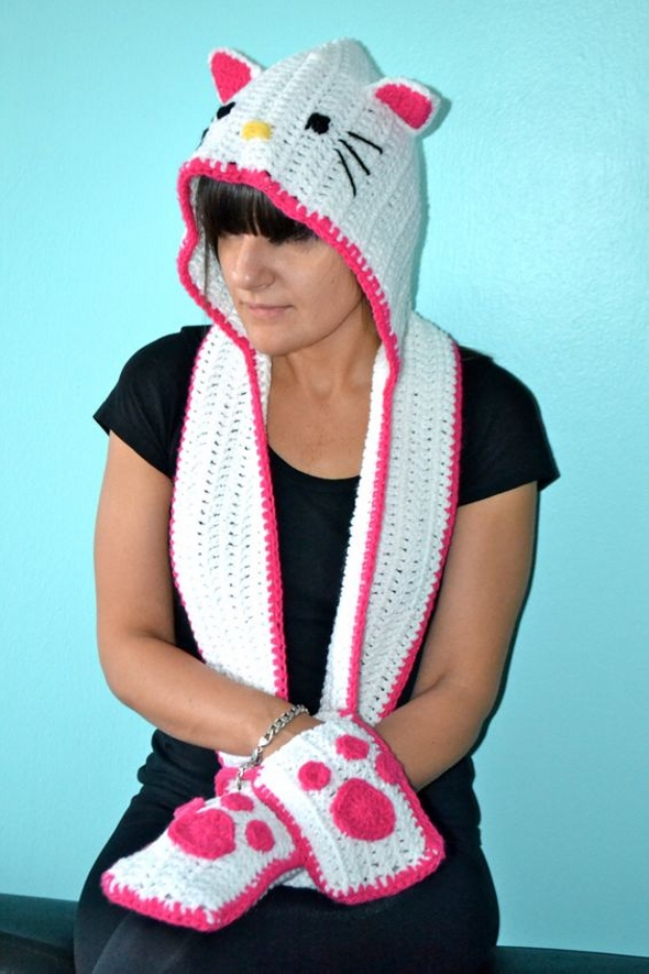 Crochet Hello Kitty Inspired Scarf