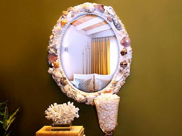 Decoration with Mirror