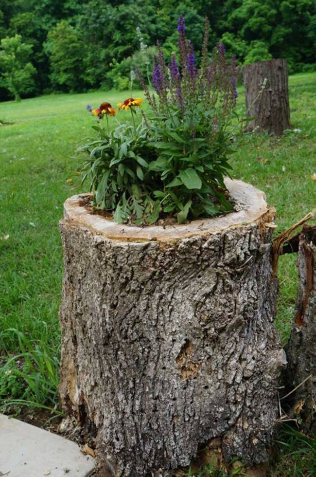 garden decor planters with logs upcycle art