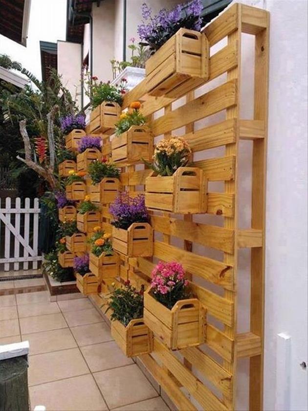 Pallet Wall Planter Garden