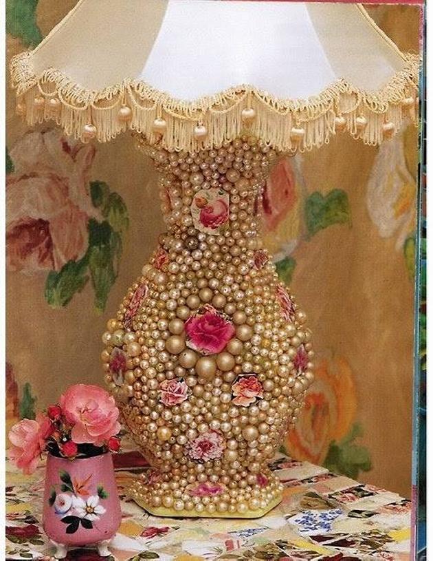 Pearls Lamp Art