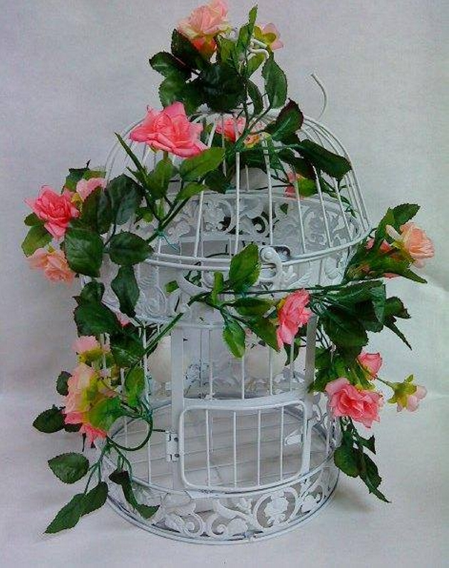 Recycled Cage Decoration