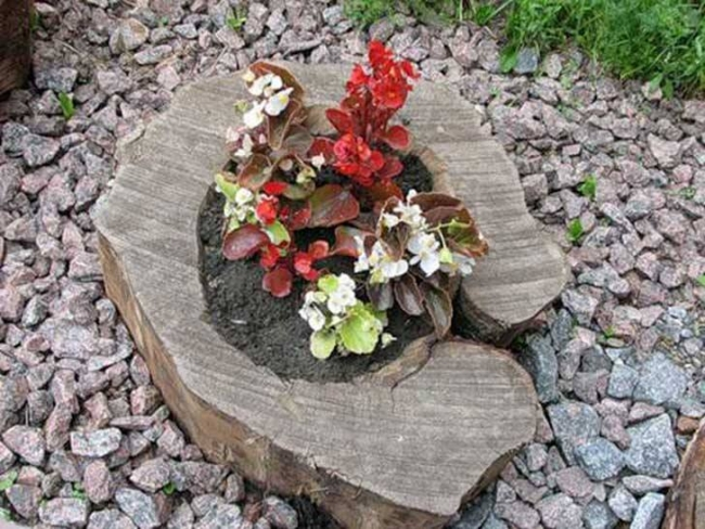 Simple Log Planter