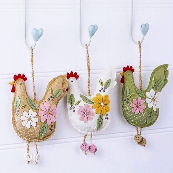 hanging chikens for kitchen
