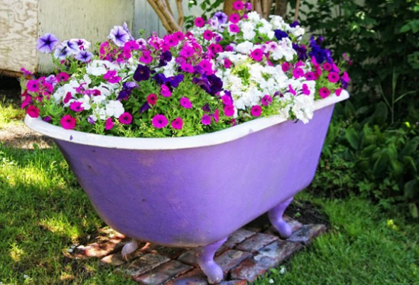 Recycle Old Bathtub Planters