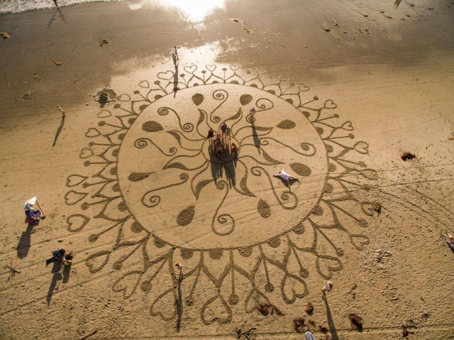 Sand Sculpture Flower