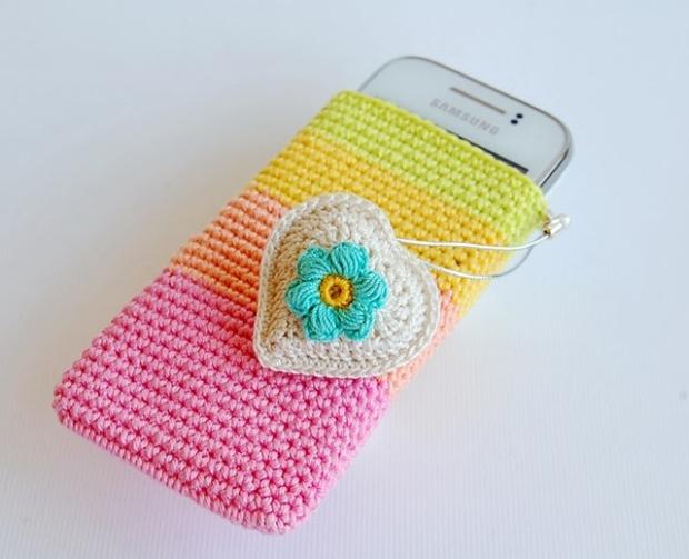 Crochet Phone Pouch