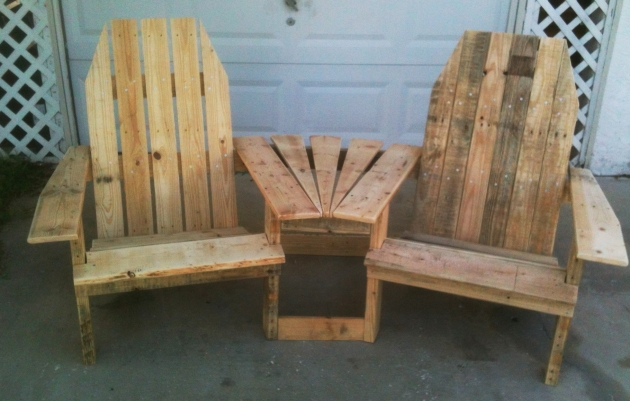 Double Pallet Chair