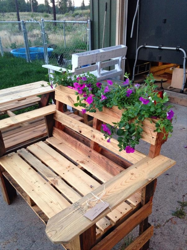 Pallet Chair with Planter
