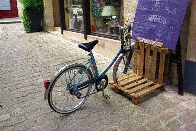 Pallet Cycle Stand