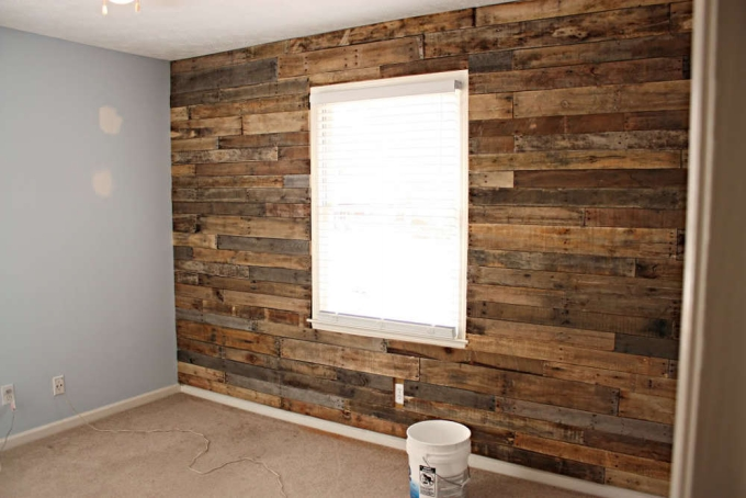 Upcycled-Pallets-Wall