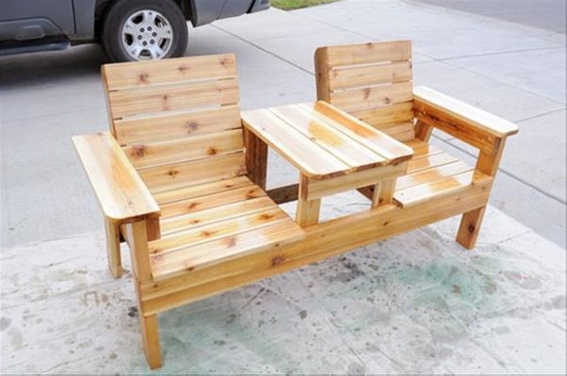 Wood pallet chair ideas upcycle art Chairs made out of wooden pallets