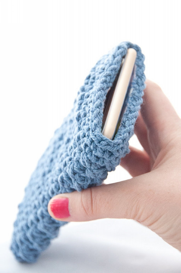 crochet iphone