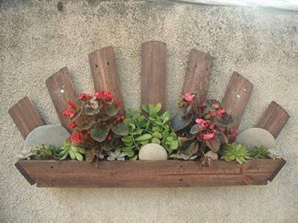 little pallet planter