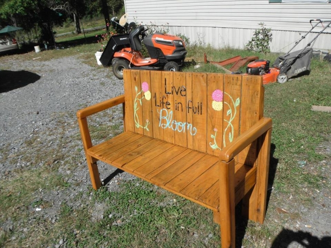 pallet bench for kids