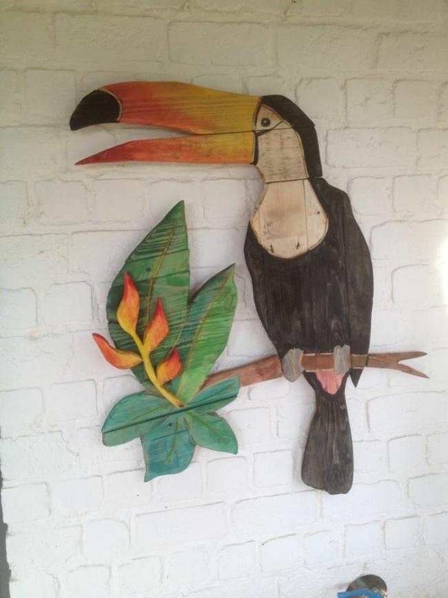 pallet bird art