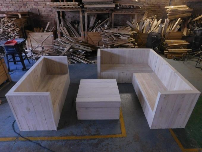 pallet boxed sofa