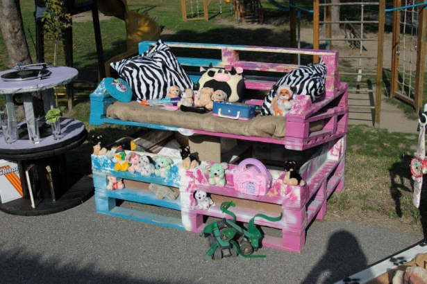 pallet kids potting station