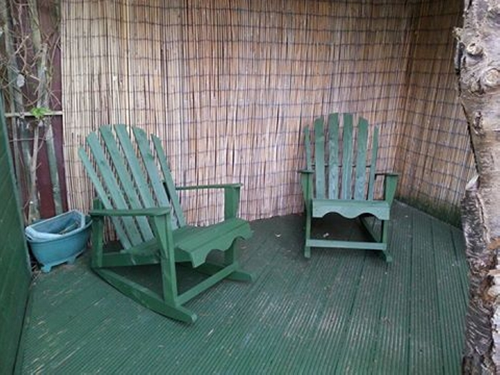 patio pallet chairs