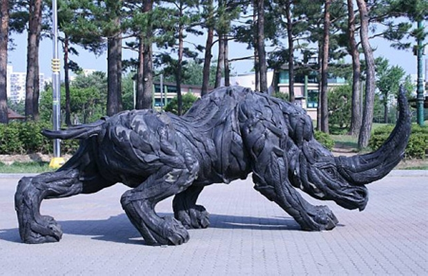 used tires sculpture