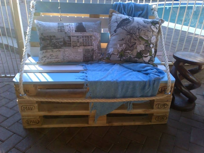 wood pallet chouch seat