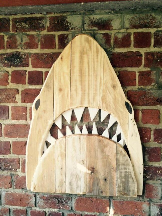 wood pallet fish