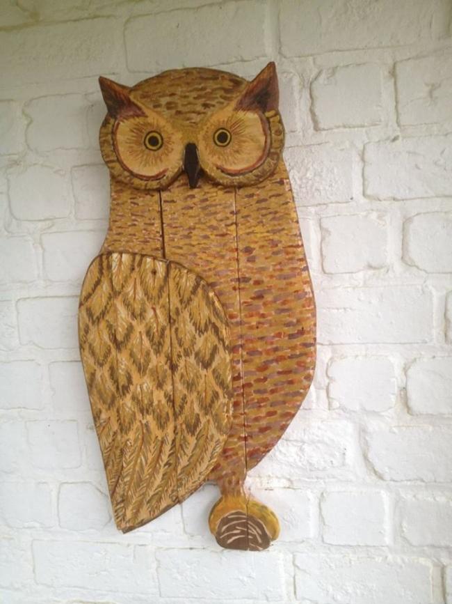 wood pallet owl