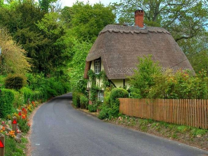Cute Fairytale Cottage