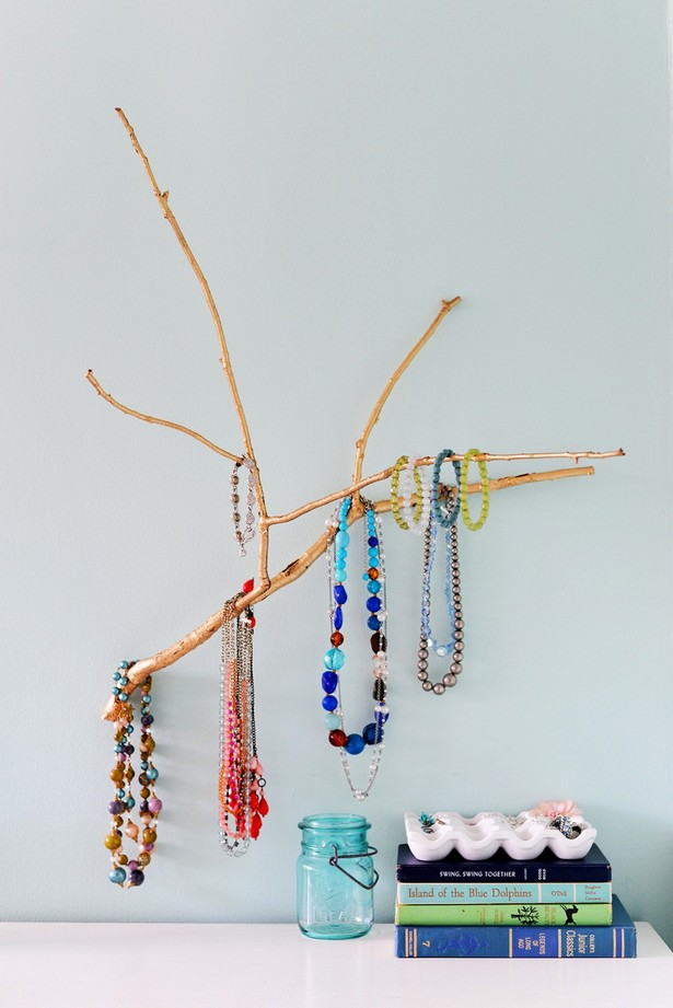 Driftwood-Tree-Jewelry-Holder