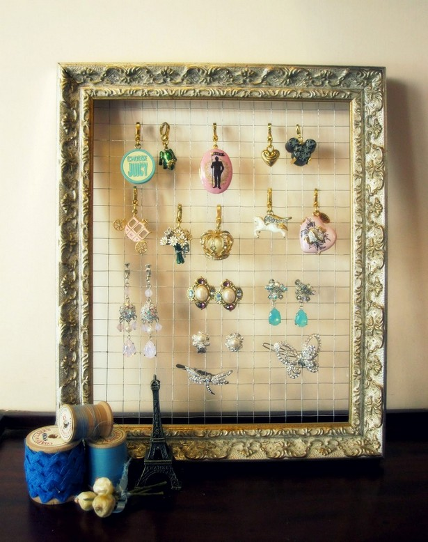 Jewelry-Holder-Frame