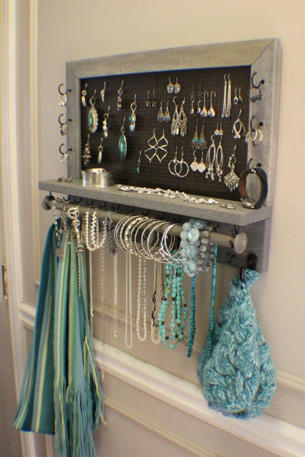 Jewelry Organizer with Bracelet Bar