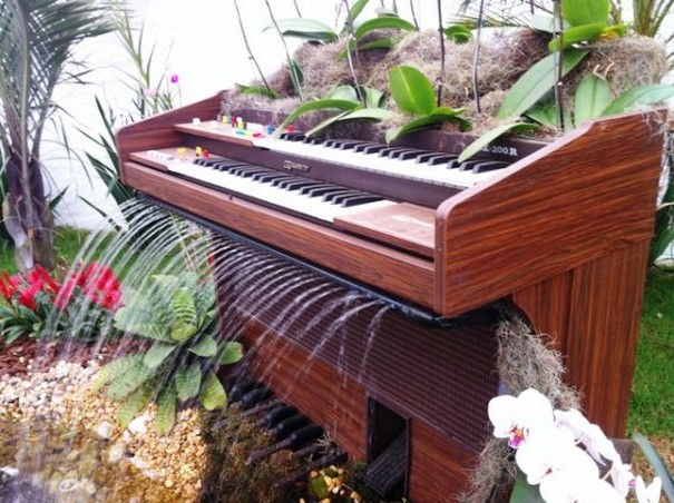 Old Piano Garden Ideas