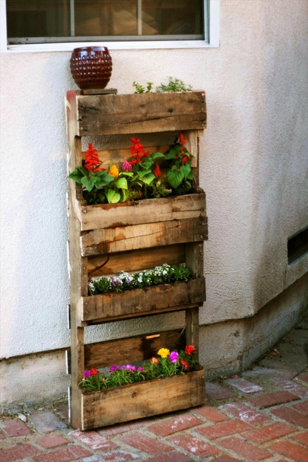 Recycled Pallet Gardening