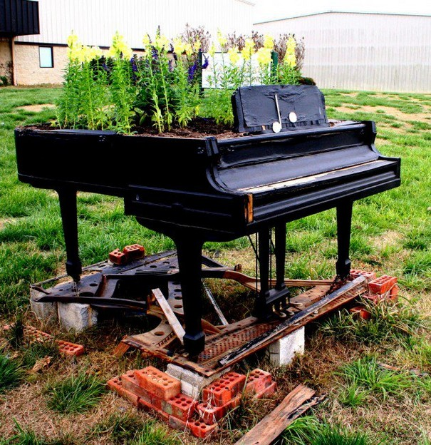 Repurpose Old Pianos