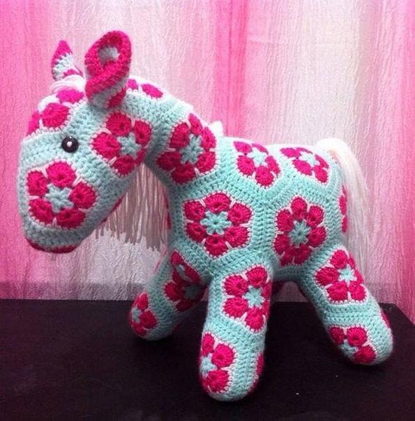 crochet horse idea
