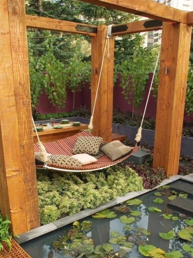garden pergola swing