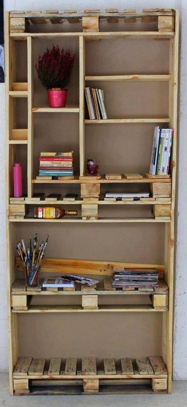 pallet bookshelf closet