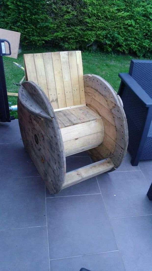 pallet cable spool recycled furniture