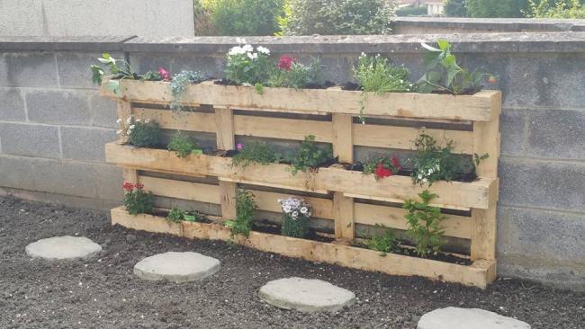 pallet wooden planter
